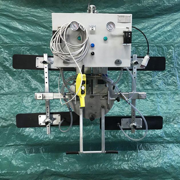 ventosa per pannelli con rotazione e basculamento manuale 4 piastre regolabili