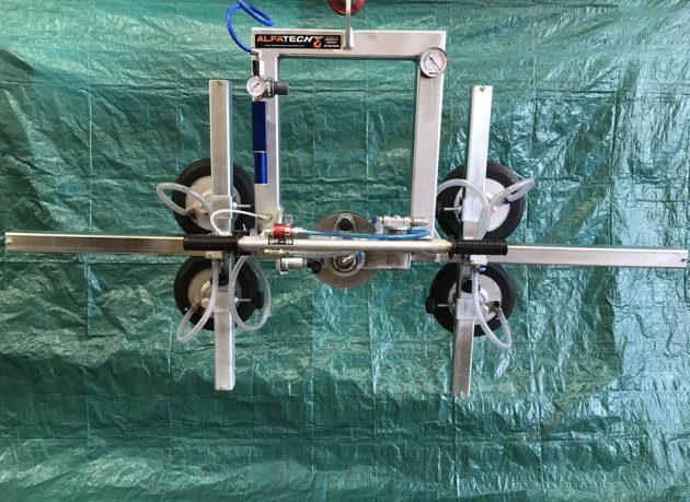 ventosa per vetro con rotazione e basculamento manuale 4 piastre regolabili
