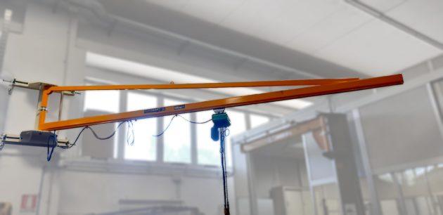 gru a mensola a muro con controstaffe canalina rotazione 270 gradi con paranco elettrico