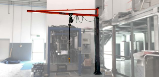 gru a colonna a bandiera in canalina con paranco elettrico rotazione 270 gradi
